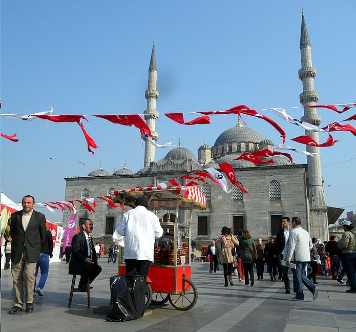 One of many mosques in Istanbul. Photo: Juliane Krenz